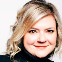 From Stress Release to Inspiration: Susie Lyons, Virtue Americas