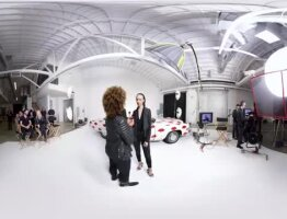 Take a 360° Tour of Smashbox