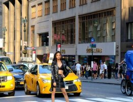 Fearless Girl In Manhattan
