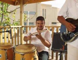 Sergio (Feel the rhythm of Aruban music)