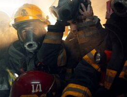 """Volunteer firefighters Argentina"""