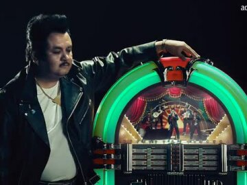 Mariachi Doritos Jukebox