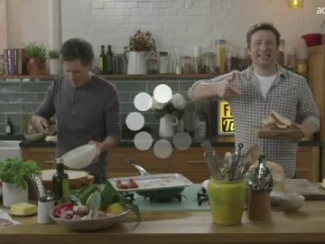 Jamie Oliver and Kevin Bacon   The Great Bacon Sarnie Battle