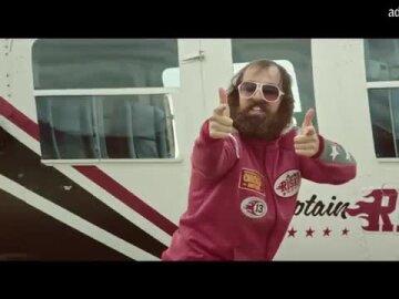 Captain Risky - Stuntman
