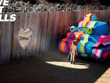 Make Love Not Walls 2