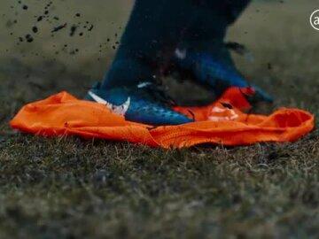 Proud sponsor of Holland's training vests