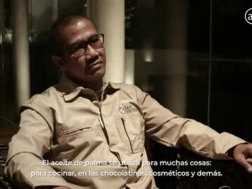 An Unrepeatable Photograph? - Borneo, 2018 (Film Case)