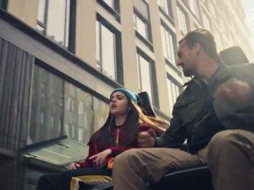 Nouvelle Renault CLIO - Profitez de l'instant