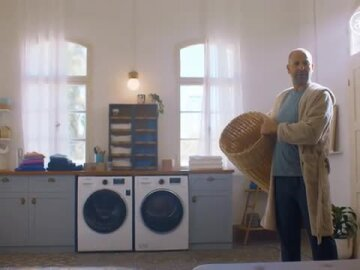 The man who got to the bottom of the laundry basket