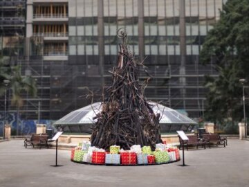 The Burnt Christmas Tree