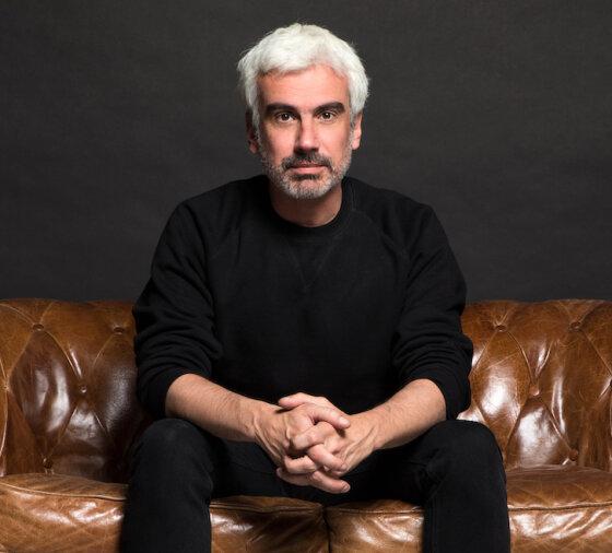 Telling Tales of Romance: Alexandre Hervé