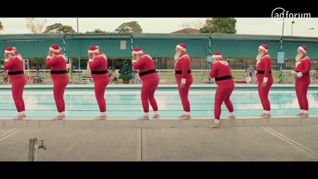 Synchronised Santas